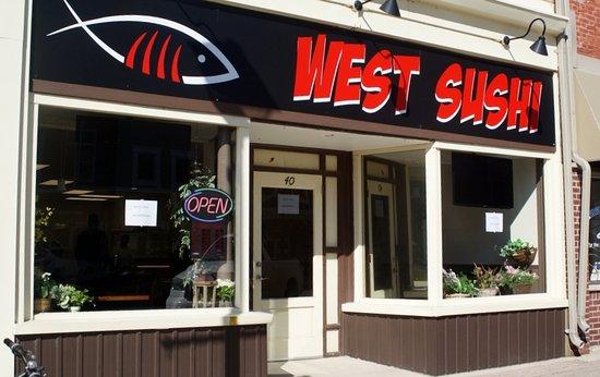 Goderich, Kanada: West Sushi now open!