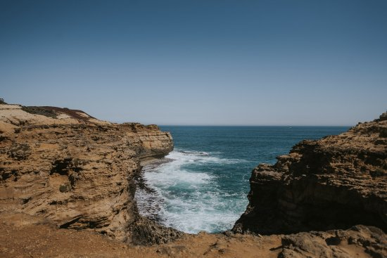 Port Campbell, Australia: From above the Grotto - on the path