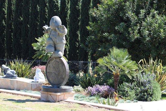 Ramona, CA: Chaljon Collection