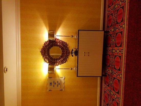 Kimpton Hotel Monaco Salt Lake City: 20170325_171703_large.jpg