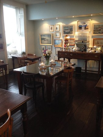 Royal Harbour Hotel: Breakfast room