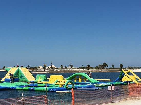 Hudson, FL: Inflatable Water Park