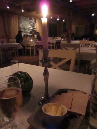Ramberg, Norvège : Our table at the restaurant