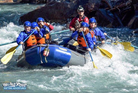 Revelstoke, Kanada: Dig deep and paddle hard!