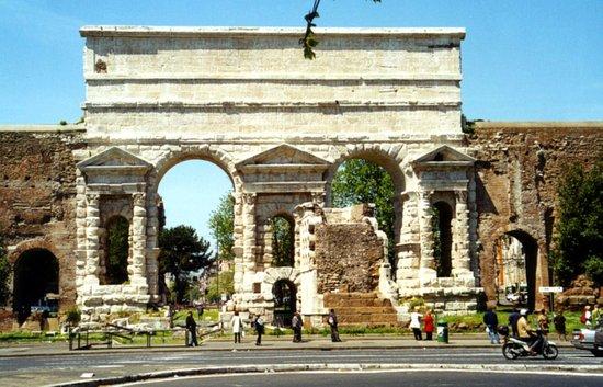 Photo of Monument / Landmark Porta Maggiore at Piazza Di Porta Maggiore, Rome 00185, Italy