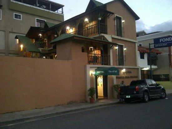 Hotel Vista del Valle Photo