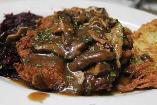Smithtown, NY: Jagerscnitzel during the month of October we celebrate with a traditional German Menu for the mo