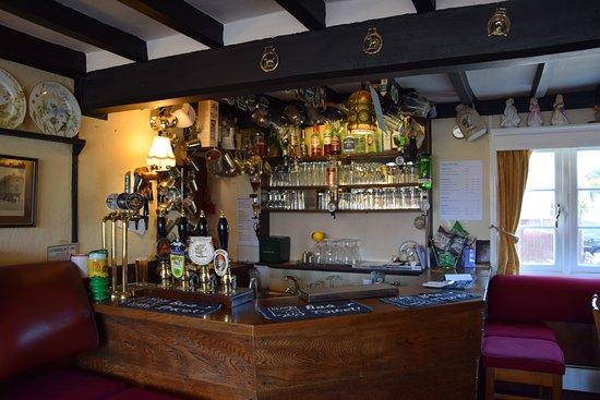 Nottinghamshire, UK: Well stocked bar!