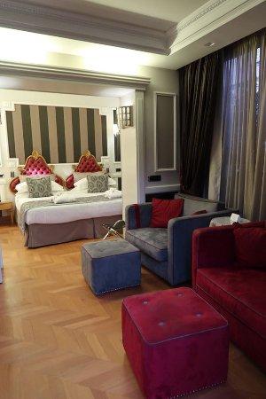 The Britannia Hotel: large suite