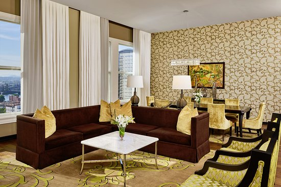 The Nines, a Luxury Collection Hotel, Portland: The Meier and Frank Suite Living Room