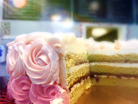 Newtown, CT: Rosette Cake