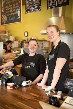 Grand Traverse Pie Co.: Employees at our Original Traverse City Pie Shop
