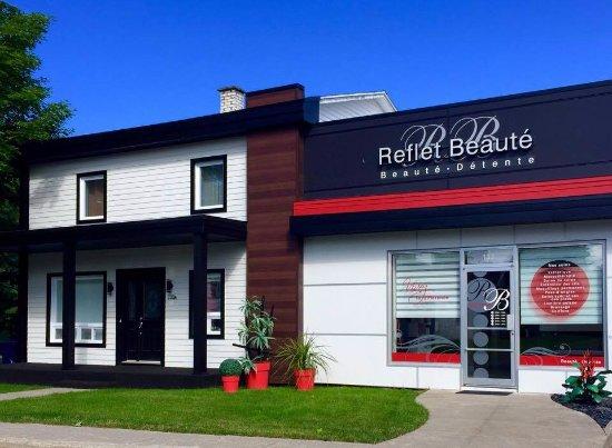 Saint-Raphael, Canada: Notre salon situé à Saint-Raphaël de Bellechasse