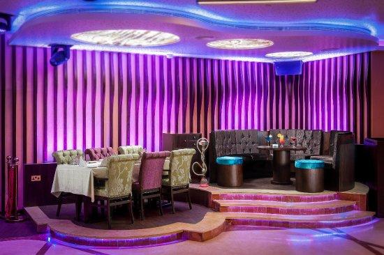 Emirate of Abu Dhabi, United Arab Emirates: Lounge