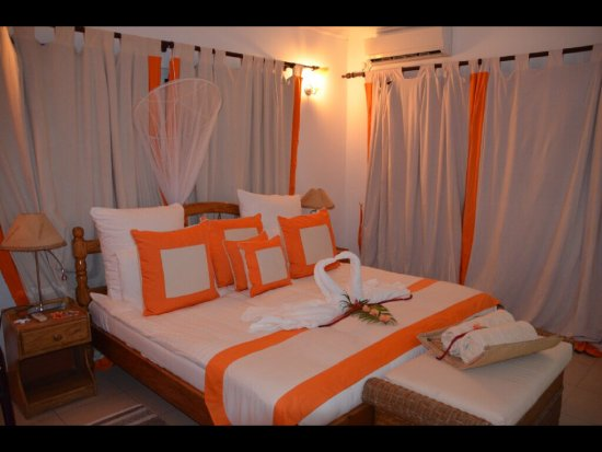La Passe, Seychelles: Bedroom with lovely decoration