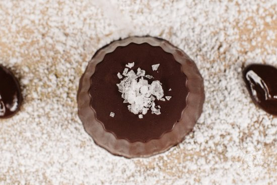 Vin 25: House Peanut Butter Cup garnished with Sea Salt