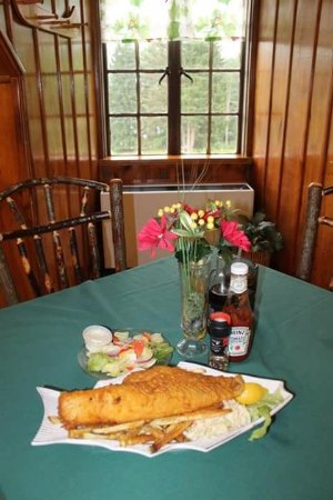 ซาลามันกา, นิวยอร์ก: Our famous fish fry!!  Served every day, but especially on Fridays!!