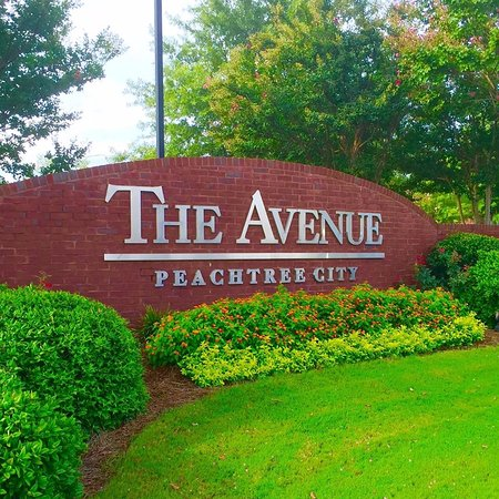 The Avenue Peachtree City is an outdoor lifestyle center that has a unique shopping atmosphere that encourages guests to relax and stay awhile. Peachtree City, GA We've detected that JavaScript is disabled in your browser.