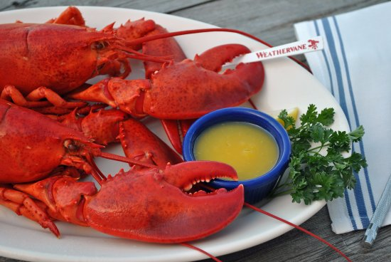 Weirs Beach, NH: Twin Lobster Dinners