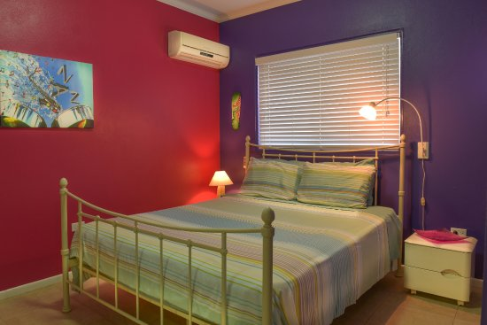 Little Paradise Aruba Vacation Apartments: Apartment two (1 bedroom and full kitchen)