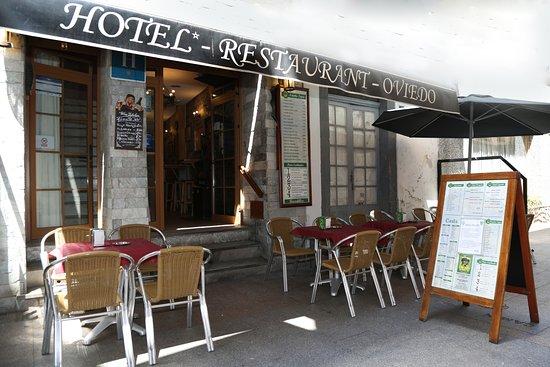 Entrada terraza exterior picture of hotel restaurante for Terrazas oviedo