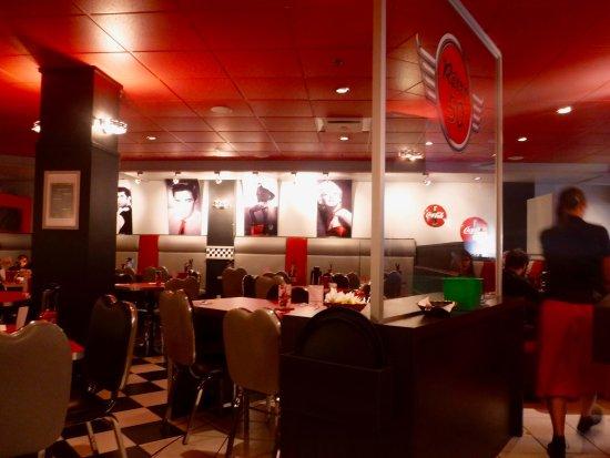 Restaurant Retro 50 : Retro 50, Rimouski