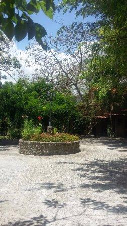 Casa Di Pietra: Vista desde una de las dos entradas