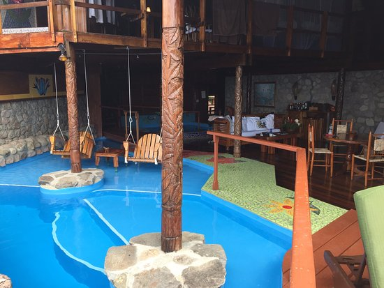 Ladera Resort: Pool and room view