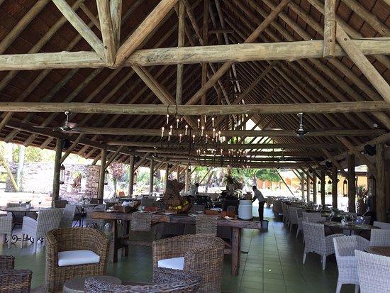 Mussulo, Angola: Restaurante principal.