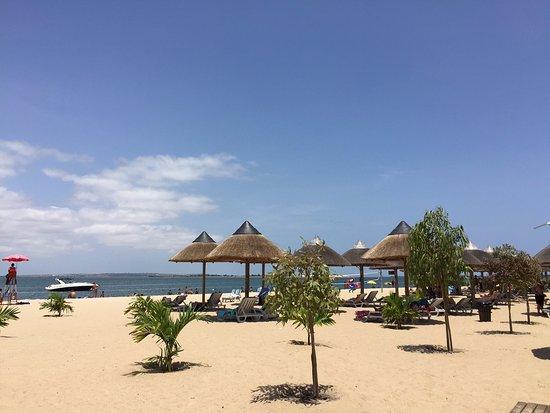 Mussulo, Angola: Área para banho de praia.