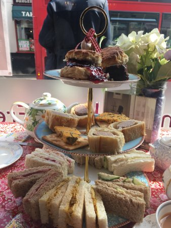 Brown's of Bexley: afternoon tea