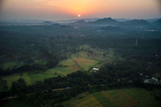 Dambulla, Sri Lanka: Sunrise