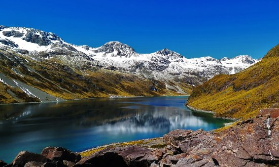 Nelson, New Zealand: The Beautiful Lake Constance, Come and join us on a Blue Lake Four Day trip to see it for yourse