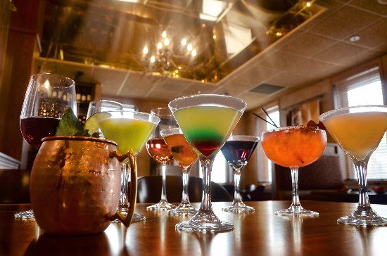 Rochester, Minnesota: Twigs Tavern and Grille offers a variety of signature drinks.
