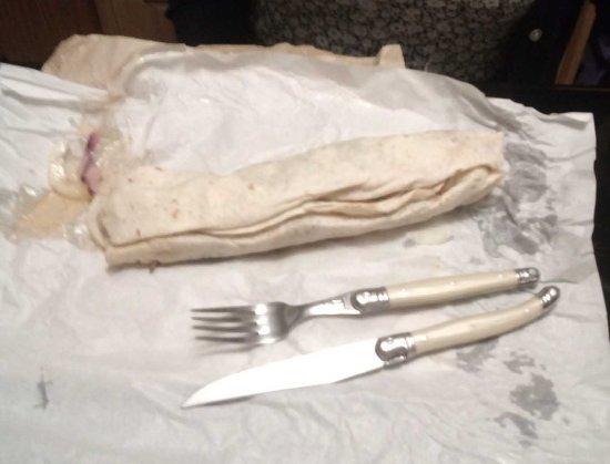 Barlborough, UK: Grilled chicken wrap