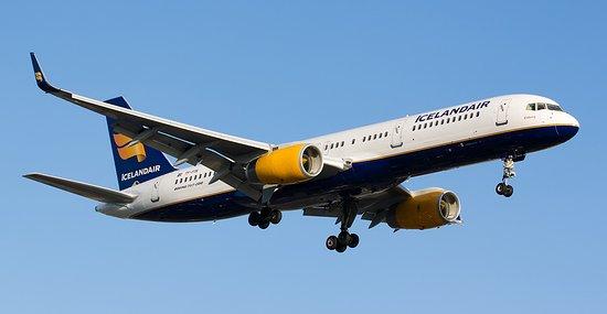 Flight from Seattle to Reykjavik - Review of Icelandair ...  Flight from Sea...
