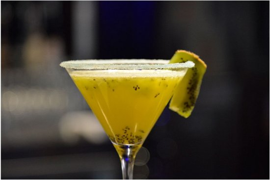 The Lounge: Mustado