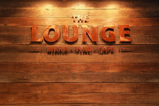 The Lounge: Birra - Vino - Cafe