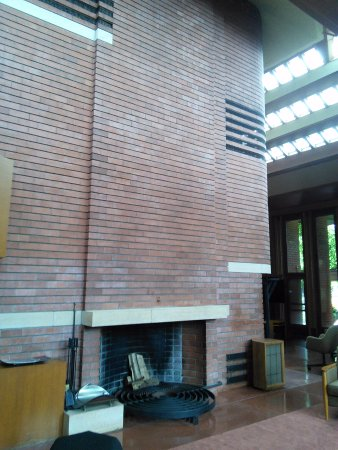 Racine, Wisconsin: Fireplace