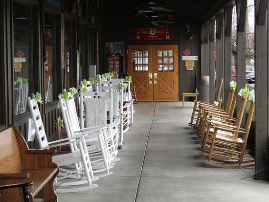 Cookeville, TN: Porch