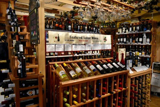 Woodstock, VA: The Wine Shoppe