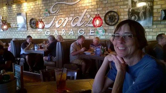 Estero, FL: Quick bite @ Ford's!