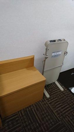 Hotel Alpha-One Mishima: キャリアを置く場所とズボンプレッシャまで