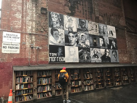 ‪Brattle Book Shop of Boston‬