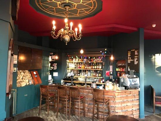 Home Brighton : bar and reception