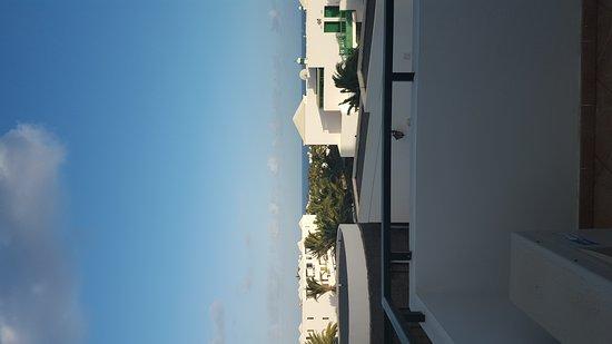 Aparthotel Lanzarote Paradise: 20170314_190626_large.jpg