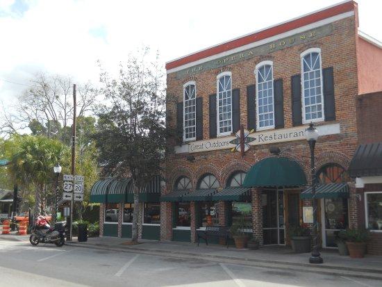 High Springs, FL: Great Outdoors Restaurant