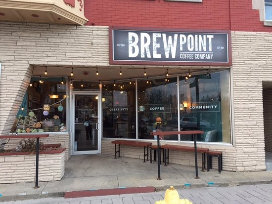 Brewpoint Coffee Elmhurst Exterior
