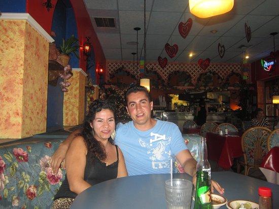 Costa Alegre Restaurant: Ya satisfechos!