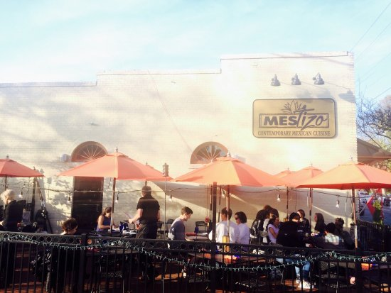 Davidson, NC: Sea food specials , great patio